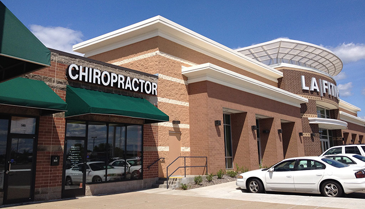Chiropractic Maplewood MN Maplewood Chiropractic Health Center Front Of Building